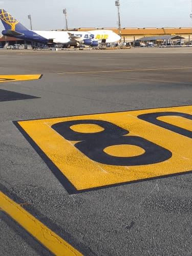 Sinalização e Faixas para Aeroportos