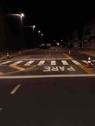 ruas-com-sinalizacao-de-transito
