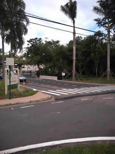 Csv Sinalização com Faixa de Pedestres e Avenidas